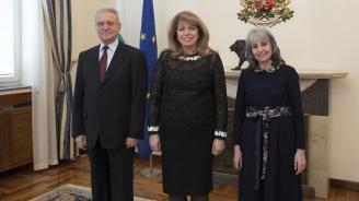 Илияна Йотова се срещна с вицепрезидентите Попова и Марин