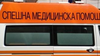 Мъжът, ранил полицаи в автобус, скочи от втория етаж на Спешната помощ в Стара Загора