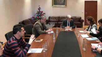 """Нено Димов обсъди проблема със замърсяването на въздуха с граждани на """"Красна поляна"""" и """"Овча купел"""""""