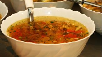 Обществената трапезария в Кубрат ще продължи да предоставя топъл обяд на нуждаещи се