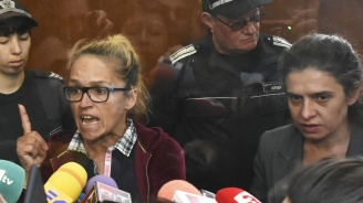 Десислава Иванчева и Биляна Петрова излизат под домашен арест (видео)