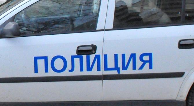 На 15 декември в 20.05 часа 52-годишен таксиметров шофьор съобщил