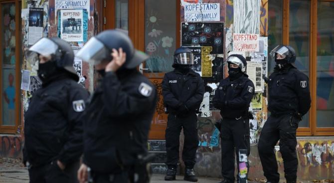 Германският полицейски съюз призна, че сред неговите служители има десни