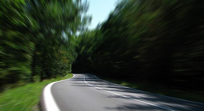 Движението по пътя с. Звъничево - Велинград, в участъка с.