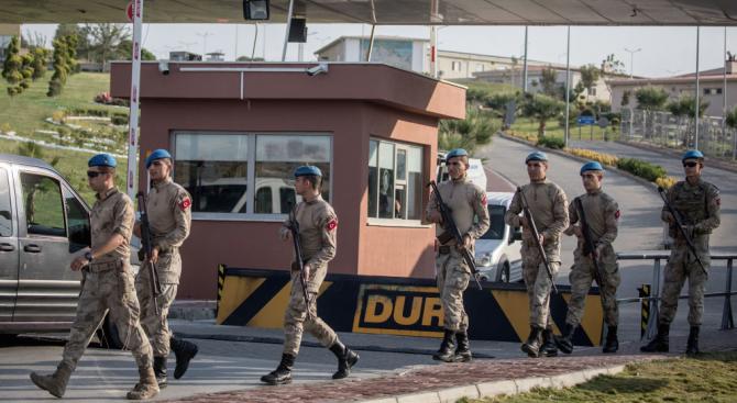 Турция смята възможно най-скоро да навлезе в Сирия източно от река Ефрат