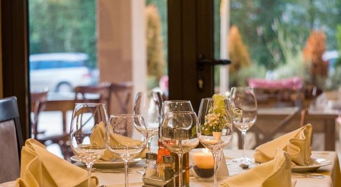 Ето какъв бюджет отделя българинът за ресторант и хотел