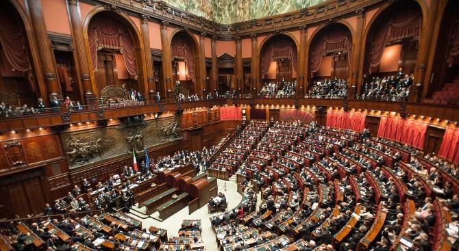 Италианските депутатиодобриха бюджета за 2019 г.с вот на доверие