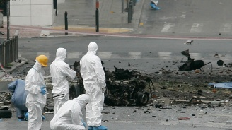 Втори взрив в Атина. Този път пред централата на СИРИЗА
