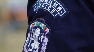 Полицай наби служител на бензиностанция след конфликт