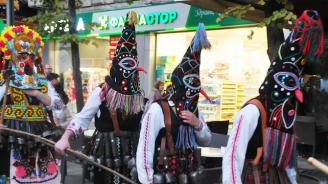 В пазарджишкото село Варвара започна подготовката на кукерските празници