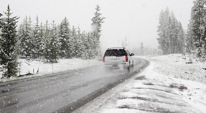 Снежната покривка в Антоновско и Омуртагско е до 10 сантиметра