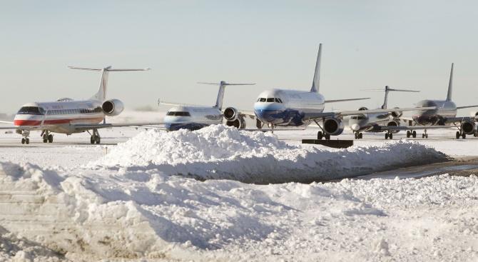 Инцидент на летището в Лвовпредизвика закъснение наняколко полета