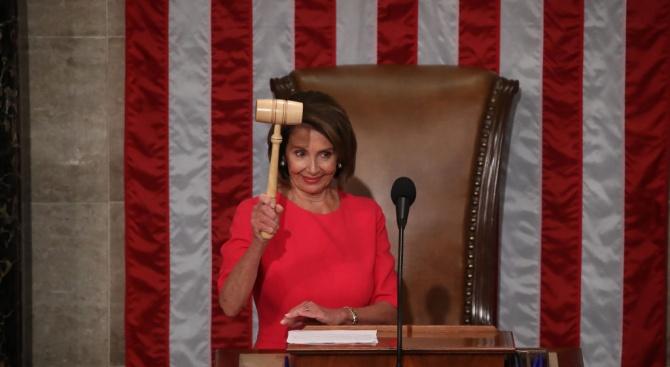 Демократката Нанси Пелоси беше избрана за председател на Камарата на
