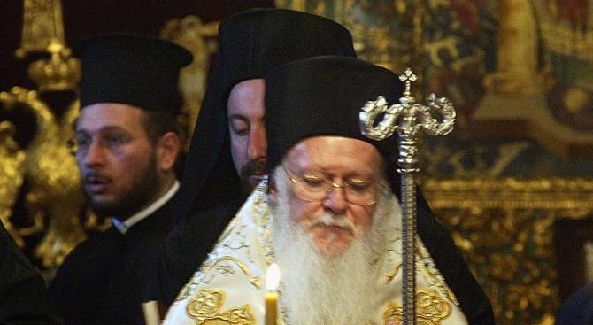 Вселенският патриарх Вартоломей подписа томоса за автокефалия на православната църква в Украйна