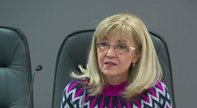 Аврамова: Системата за е-винетките работи, атаките срещу нея са хакерски и политически