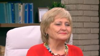 Проф. Донка Байкова: Организмът ни сам се бори с килограмите, които сме качили по празниците