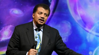 National Geographic спря токшоуто на астрофизика Нийл Деграс Тайсън