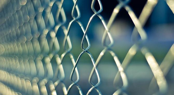 Шестима затворници избягаха от затвор в Гърция