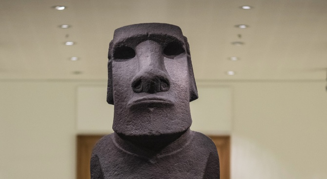 Край на тайната на статуите на Великденските острови!