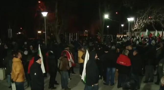 Военни излязоха на протест във Войводиново