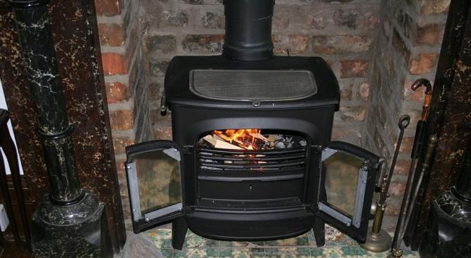 Неизправни отоплителни уреди са основната причина за пожарите през зимата в Русенско