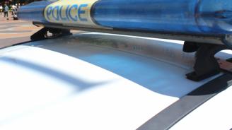 Пътник в автомобил получи три глоби за разправия с полицаи
