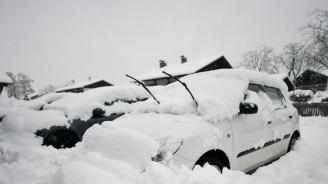 Европа остава в пленна сурова зима, жертвитена лошото време са поне 15