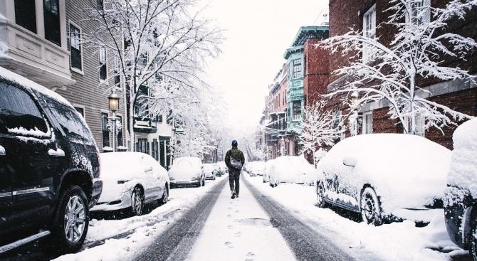 Зимата скова Северна Гърция