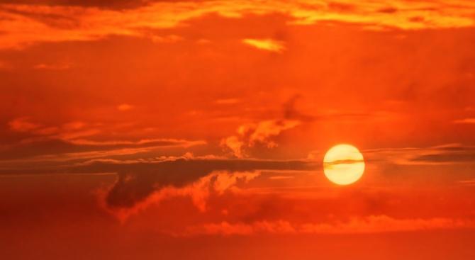 Миналата година е била четвъртата най-топла, откакто се води статистика,