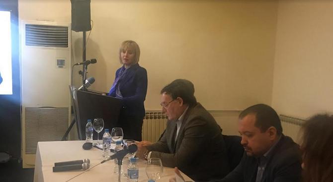 Мая Манолова: Цената на водата расте, но не и качеството на ВиК услугата