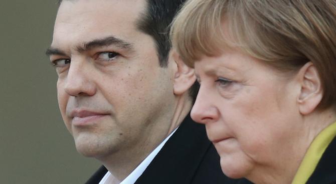 Меркел пристигна на двудневно посещение в Гърция