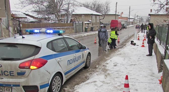 Бус прегази жена в русенското село Басарбово (снимки)