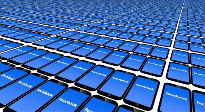 Сравниха въздействието на Фейсбук с това на хероина