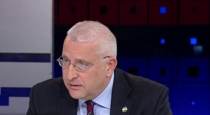 """Светослав Малинов: Такива действия като пакета """"Мобилност"""" отслабват ЕС"""
