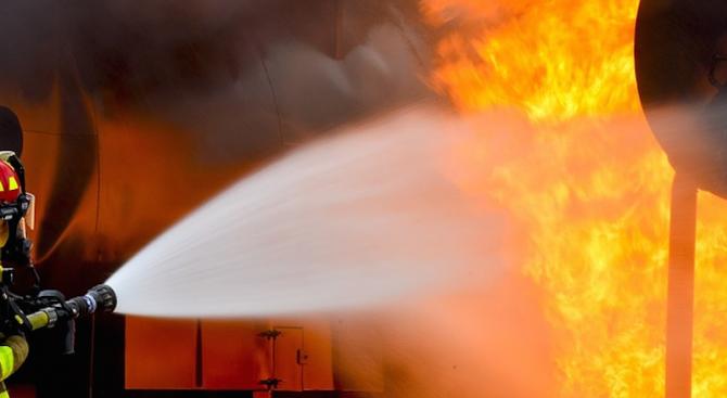 Мощна газова експлозия в Париж, има пострадали