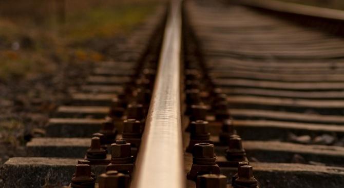 Катастрофа затвори най-дългата ЖП линия в света
