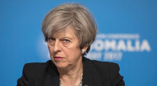 Британската премиерка Тереза Мей предупреди депутатите, че евентуално отхвърляне на