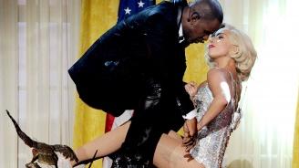 Лейди Гага спира да работи с Ар Кели заради обвинения в сексуално насилие