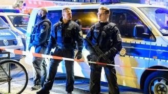 Германската полиция претърси 12 апартамента  във връзка с разследване срещу  крайнодясна група