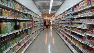 В Косово поставят до стоките в магазините флагчета на страната, от която са