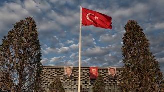 Турция: Изгонихме журналистка-терористка