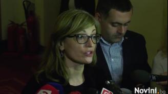 Захариева: Българските граждани, които живеят на територията на Великобритания, ще запазят правата си (видео)