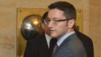 Кристиан Вигенин: Излизането на Великобритания от ЕС без сделка ще засегне 90 хиляди българи