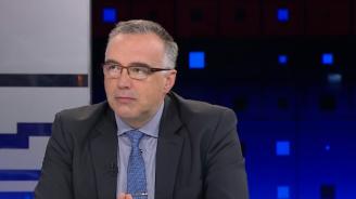 Антон Кутев: Нямаме проблем с изтребителите F-16, а с процедурата