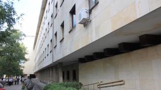 Пребиха и ограбиха мъж в София