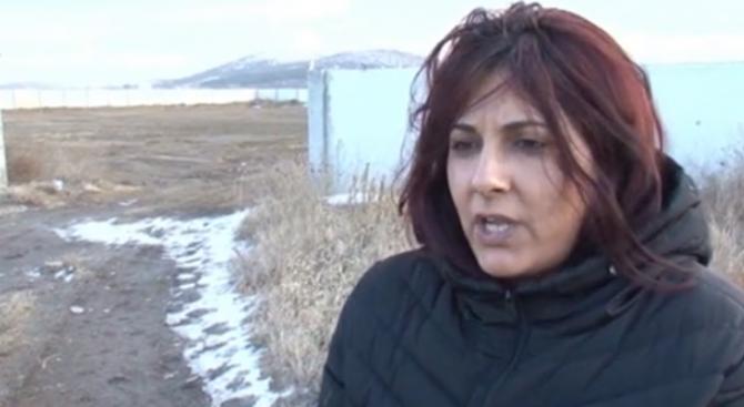 Жената, пътувала с циганина, задържан за нападението с брадва на