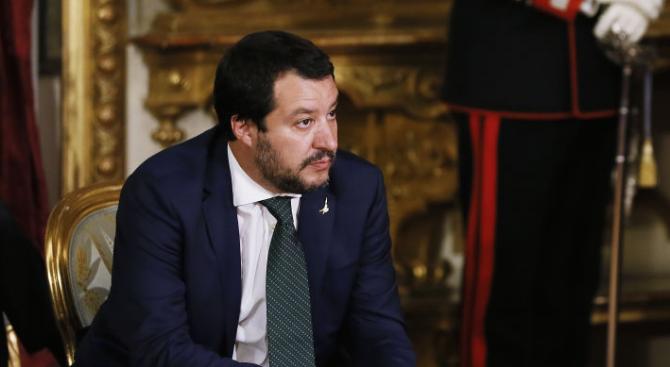 Матео Салвини с призив към Еманюел Макрон