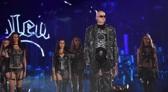 Чалгаджийка окраде Криско и Слави? (видео)