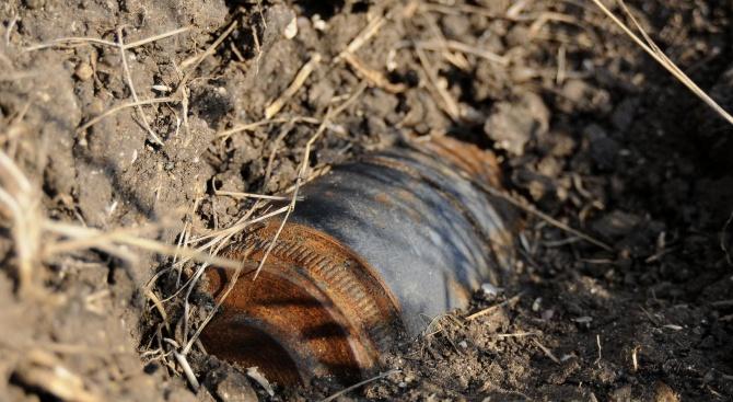 Сигнал за невзривен снаряд в коритото на река Арда, в
