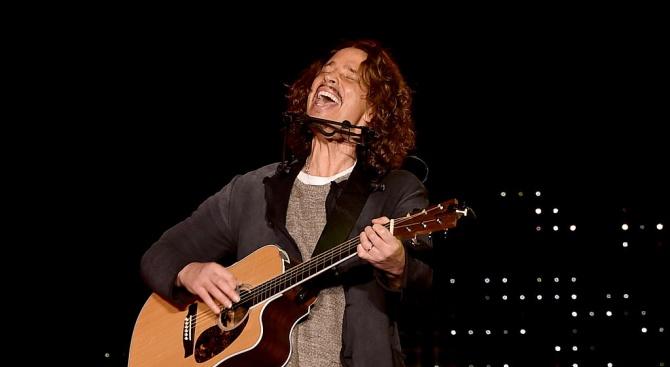 Снимка: Звезди пяха песните на Крис Корнел в негова памет